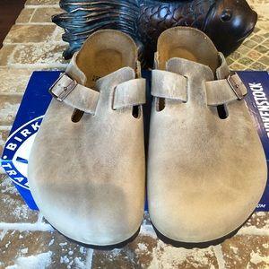 Birkenstock NWT Size 38 L7 M5